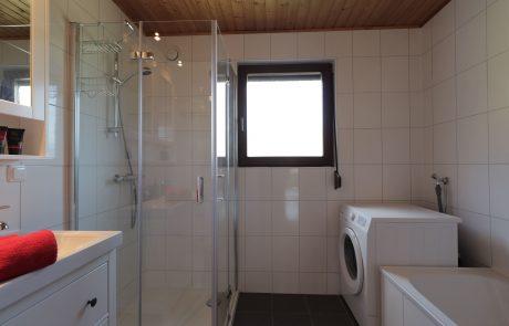 Badkamer bergzicht appartement Tom's Hütte